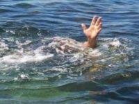 Eşiyle tartıştı denize atladı!