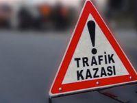 Polis aracı ile otomobil çarpıştı: 2 polis yaralı