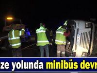 Gebze'de minibüs devrildi , 21 yaralı!