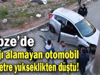 Virajı alamayan otomobil 40 metre yükseklikten düştü!