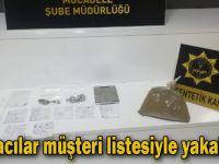 Torbacılar müşteri listesiyle yakalandı