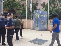 Sanat sokağındaki Atatürk maskını çaldılar