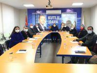 AK Parti İzmit 100 kişilik COVİD-19 ekibi kurdu