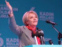 AK Kadınlar Türkiye 1.si oldu