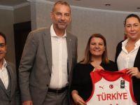 A Milli Kadın Basketbol Takımı İzmit'e geliyor