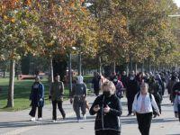 """İzmit Belediyesi'nden """"Hareket Et Sağlıklı Ol"""" yürüyüşü"""