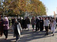 İzmitli kadınlar bu hafta 29 Ekim için yürüdü