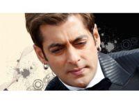 Bollywood Yıldızı Kefaletle Serbest Kaldı