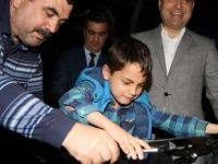 Esnafın Darbettiği Suriyeli Çocuğa Cumhurbaşkanı Erdoğan Bisiklet Hediye Etti
