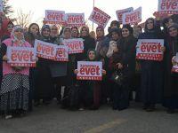 AK Kadınlar Ankara'ya Coşku Kattı