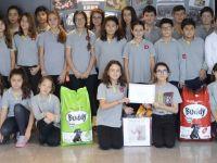 Bahçeşehir Koleji'nden sokak hayvanlarının tedavisine destek