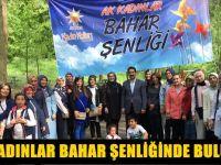 AK Parti'li kadınlar stres attı
