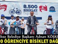 Köşker'den öğrencilere hediye bisiklet