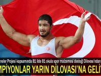 Şampiyon Taha Akgül ile Dilovasına geliyor