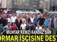 Muhtar'dan Flormar işçisine destek!