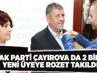 AK Parti Çayırova da 2 Bin Yeni Üyeye Rozet Takıldı