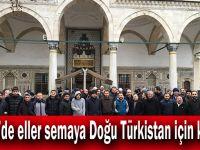 Gebze'de eller semaya Doğu Türkistan için kalktı!
