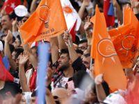 AK Parti 1 milyon kişiyle sahaya iniyor