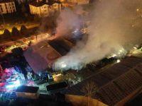 Kartepe Belediyesinin deposu alev alev yandı!