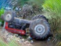 Traktörün altında kalarak can verdi