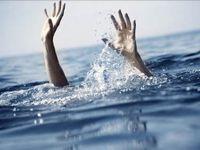 Denize düşen iki kadın son anda kurtarıldı!