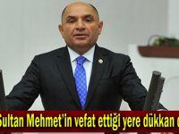 Fatih Sultan Mehmet'in vefat ettiği yere dükkan diktiler