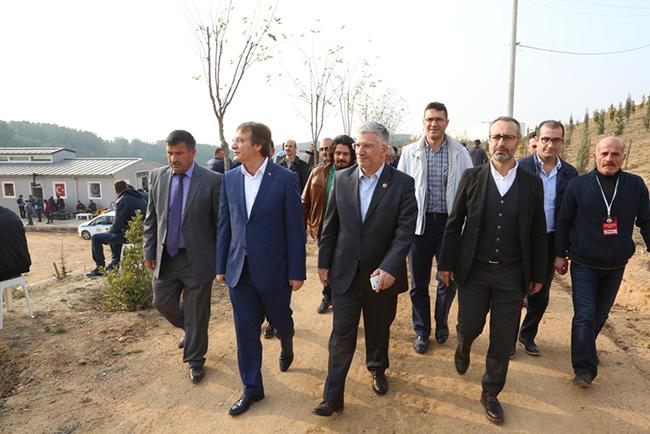 cayirova-belediyesi-at-binicilik-ve-cirit-alani-tesisini-acti-(6).jpg