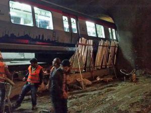 Hacıosman - Yenikapı metrosu kaza yaptı