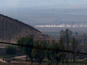IŞİD ilçeyi tanklarla kuşattı!